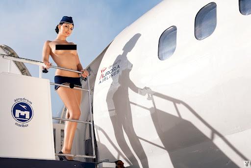 фотографии голых стюардесс