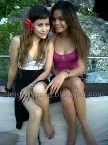 Foto Hot: Dibalik Lesbianisme Tante Montok